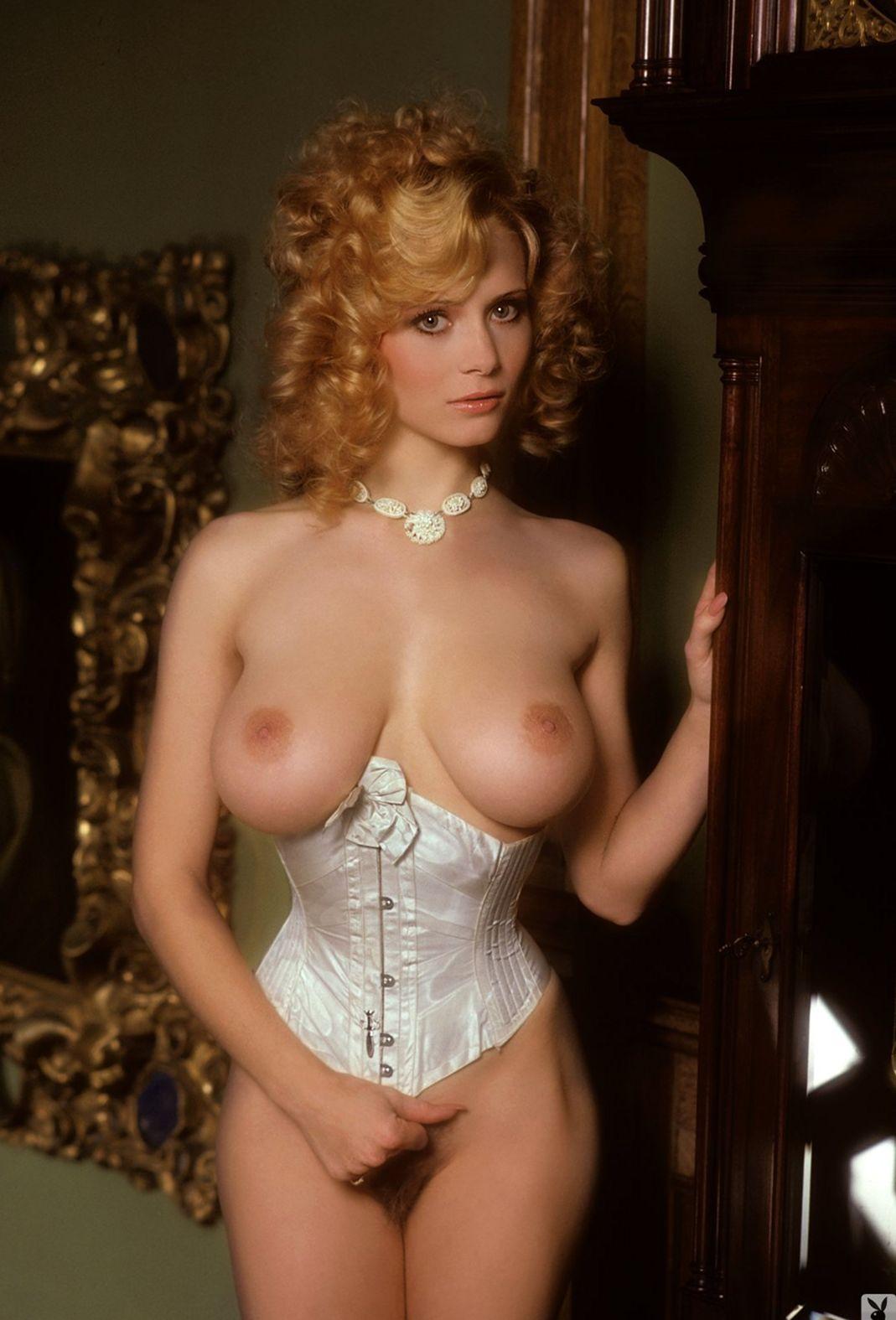 beauty boobs Kimberly McArthur – Playmate of January 1982