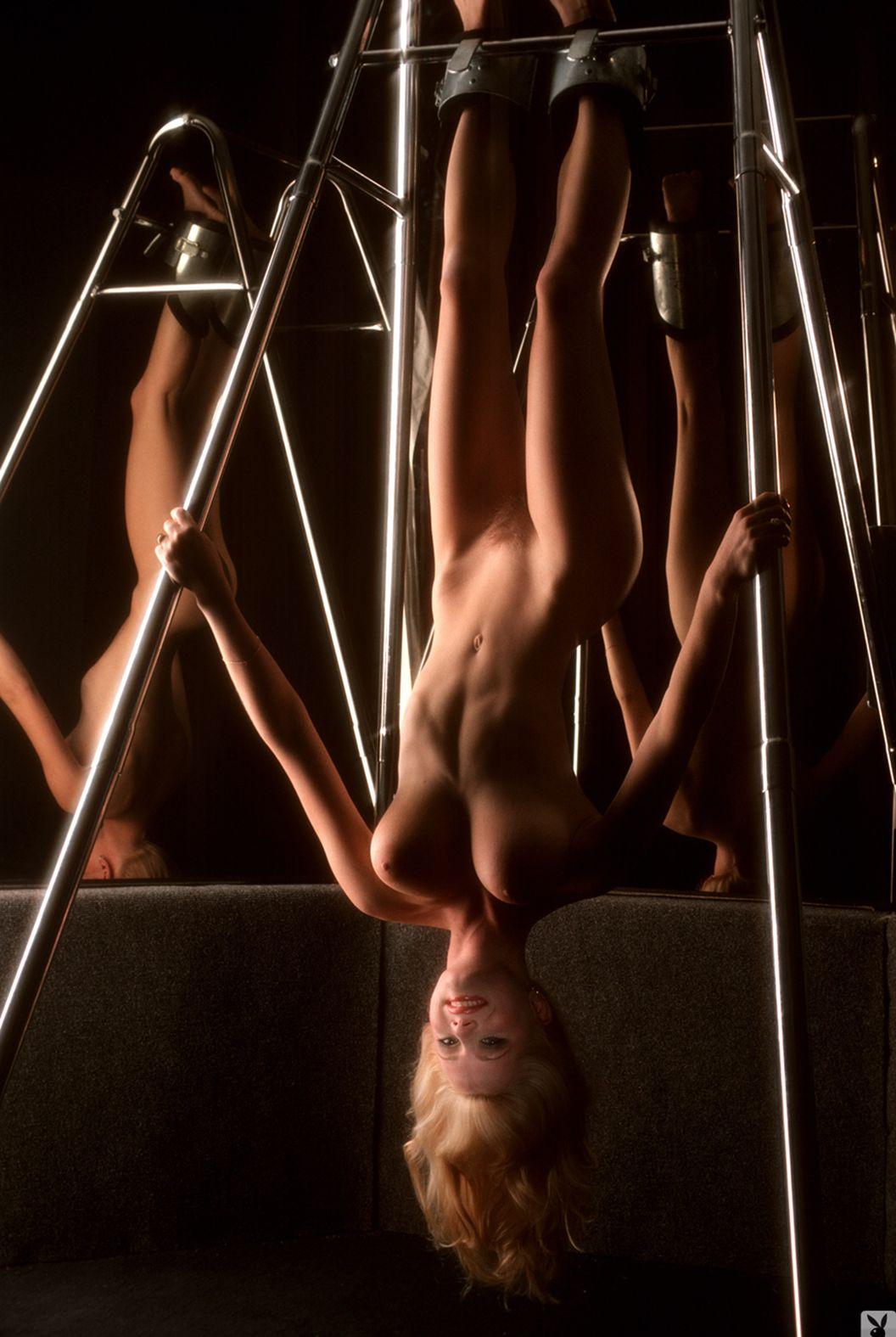 kimberly-mcarthur-playmate-january-1982-krasivie-siski-retro-vintage-playboy (34)