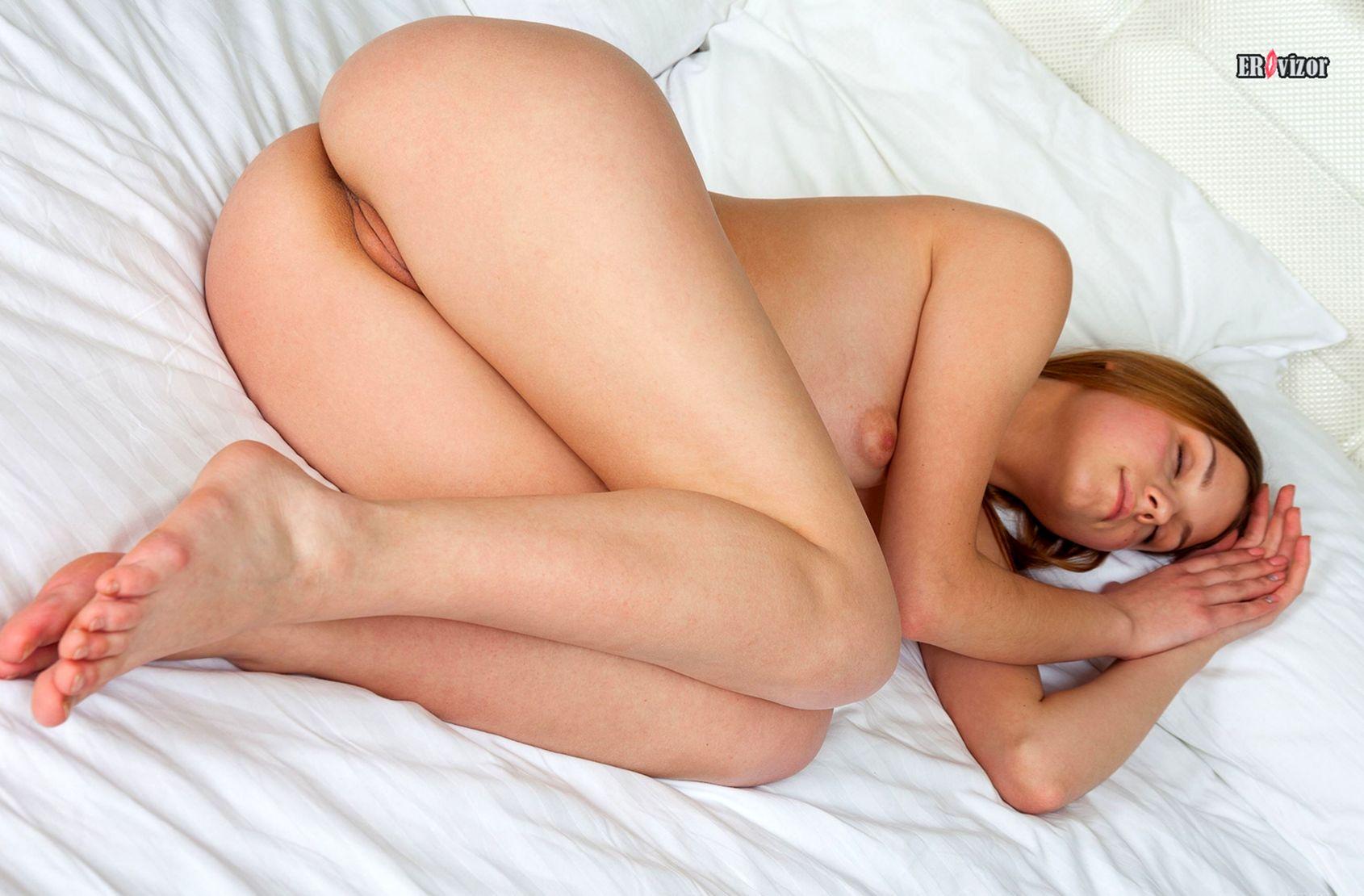 sensual_pose_beauty_women (15)